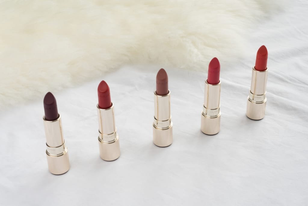 Voici les 5 teintes de rouge à lèvre que j'utilise